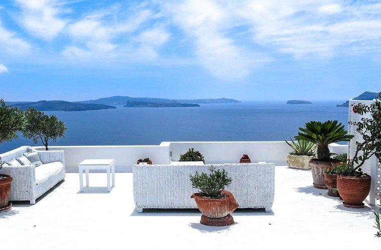 Mobili da terrazzo quali sono i migliori per un 39 atmosfera for Mobili terrazzo