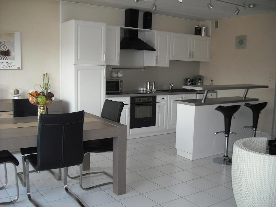 Cucina moderna classica bianca