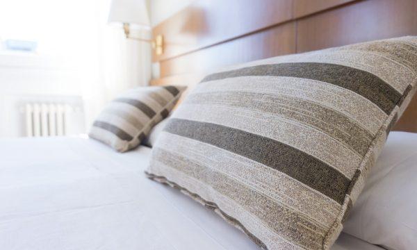 Scelta cuscini per camera da letto
