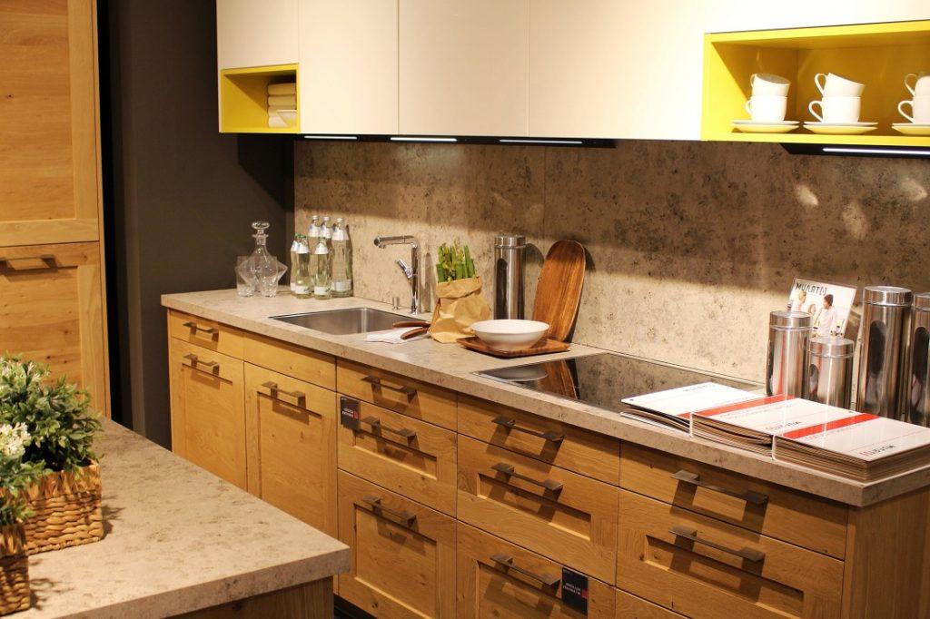 risparmiare-energia-cucina-di-legno